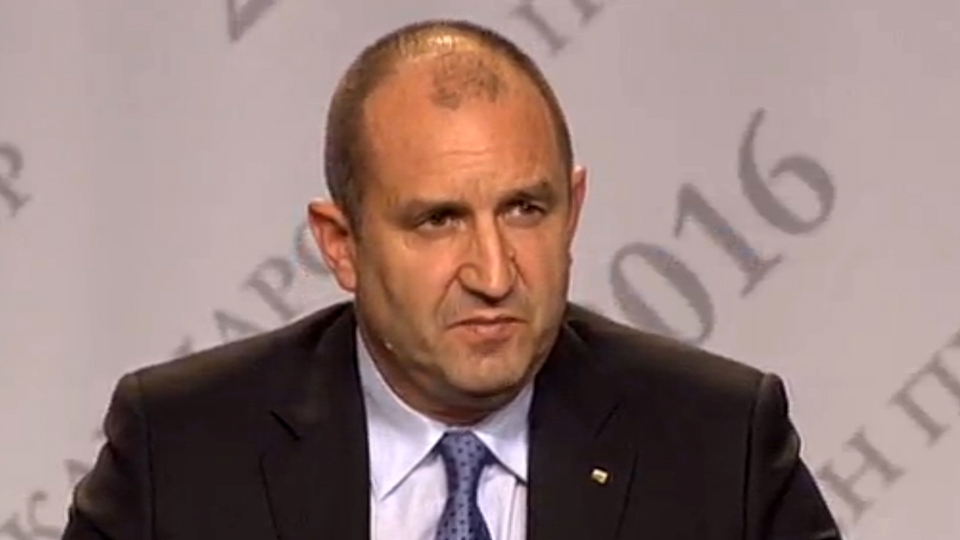 rumen-radev-election-night-press-conference-for-web